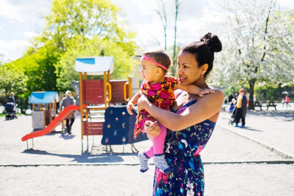 simon_paulin-mother_and_child-4823