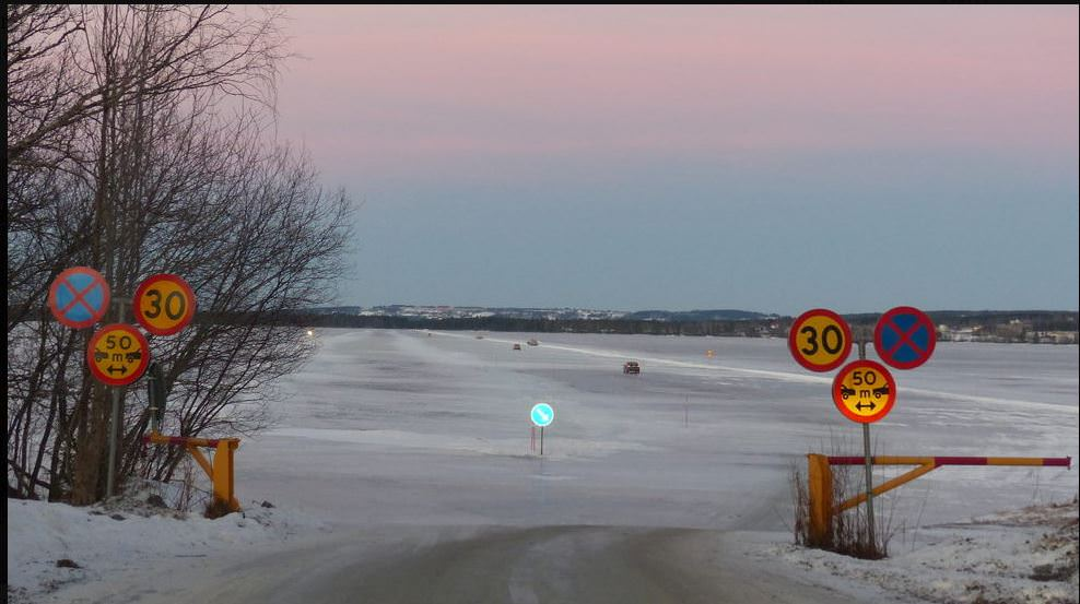 Nuotrauka paimta iš http://www.atlasobscura.com/places/storsjons-highway-ice-bridge